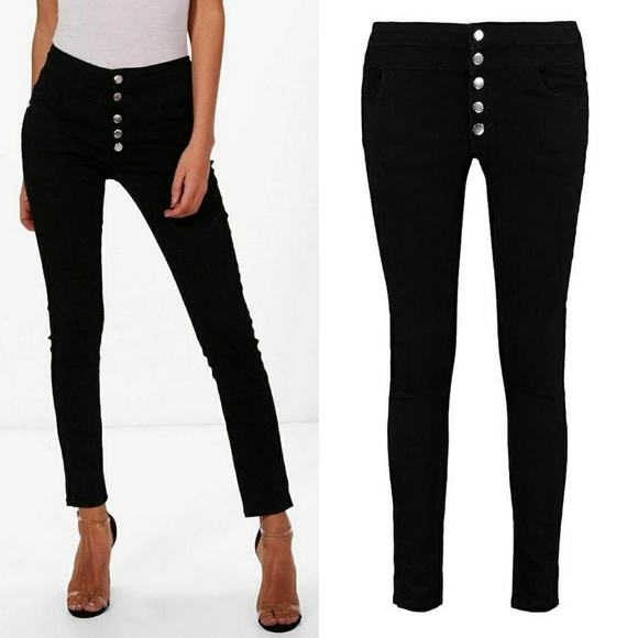 08235c6626db5 NWT Boohoo 5 Button High Waist Black Skinny Jeans